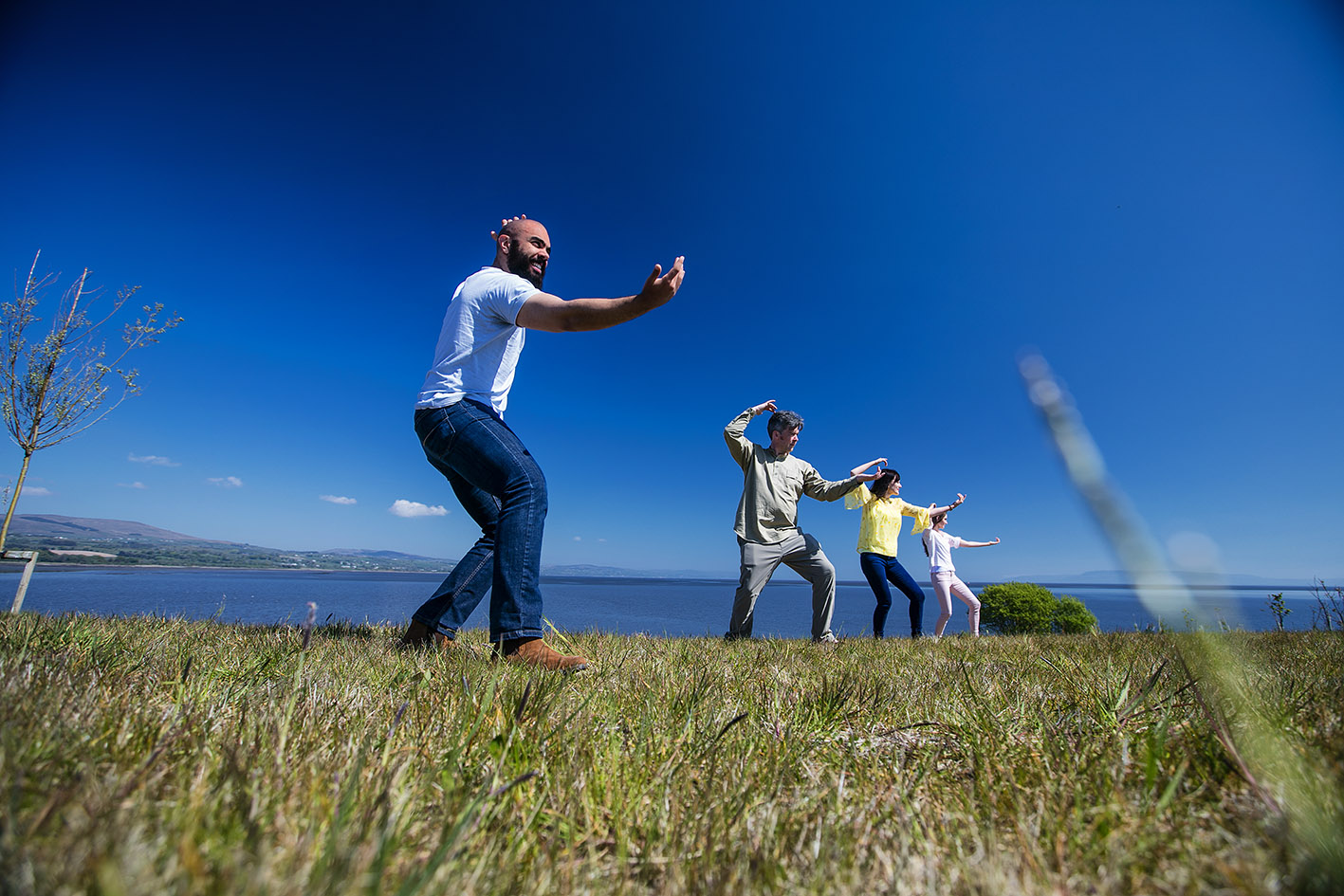 William providing clients with an outdoor Qigong session.