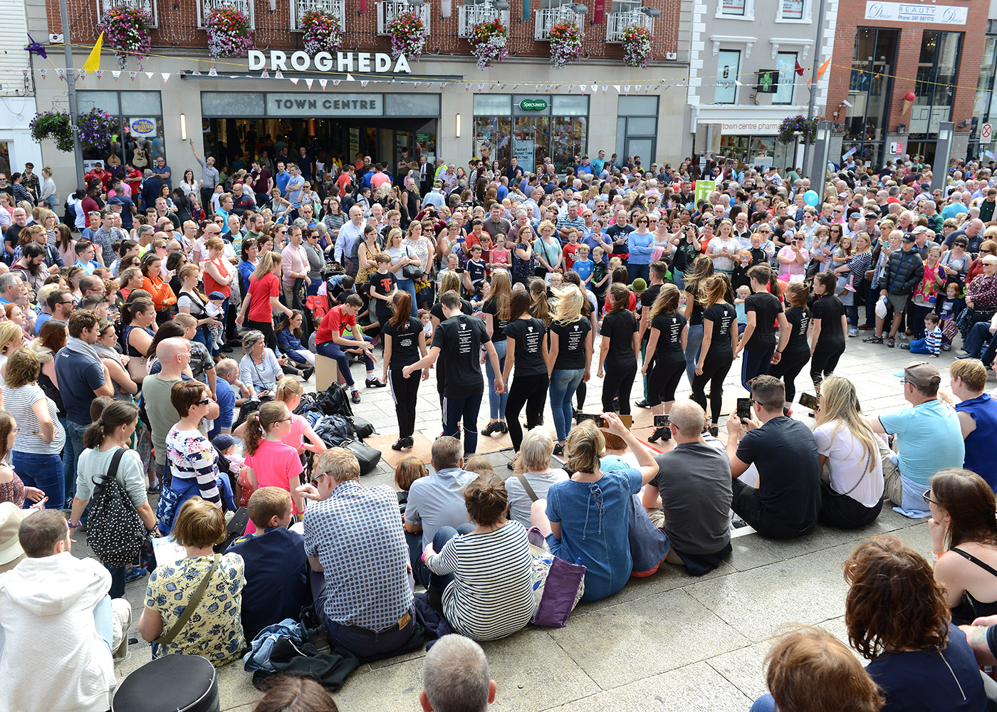 Music and dancing on the streets of Drogheda