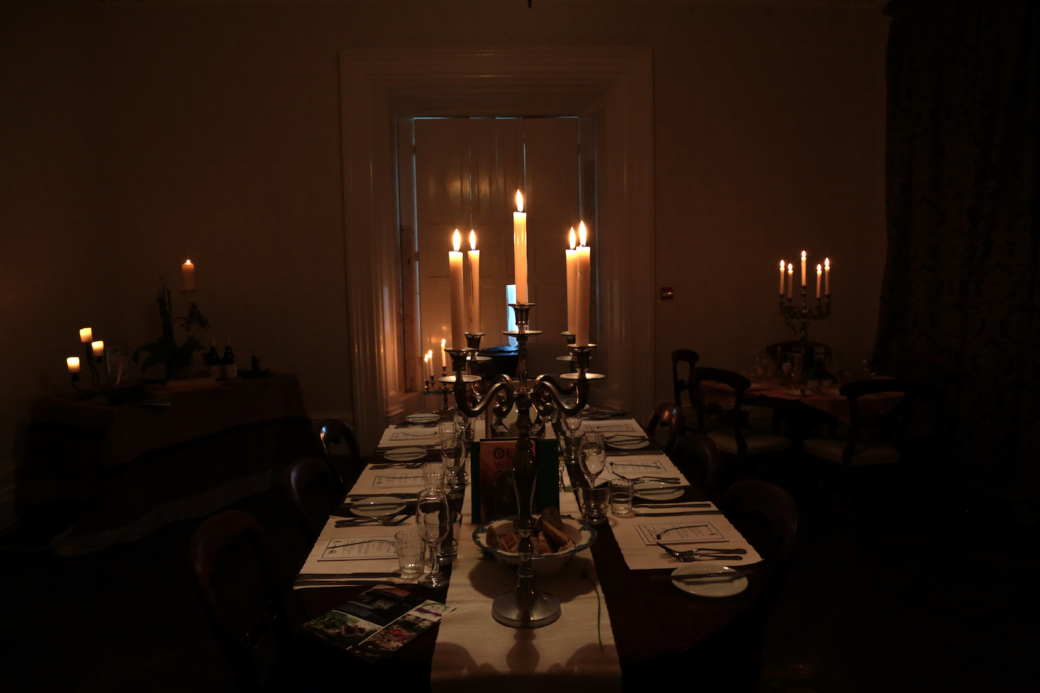 candle light dining room