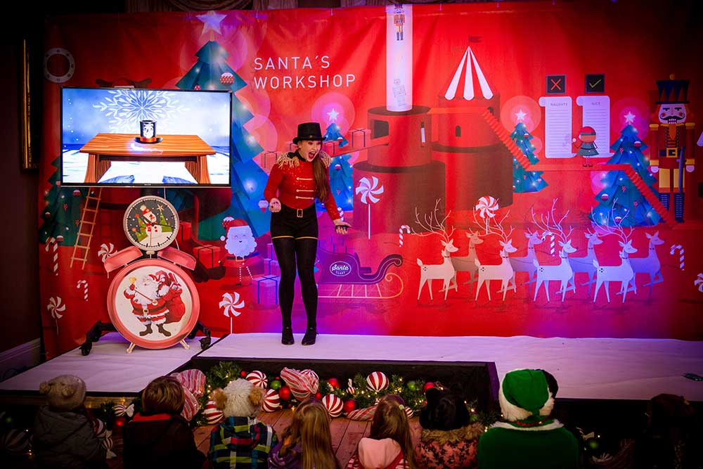 Lot's of fun & games inside - meet lots of characters & all the elves!